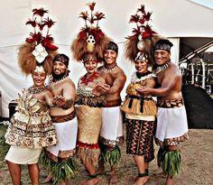Polynesian Designs, Polynesian Art, Polynesian Culture, Cool Costumes, Dance Costumes, Samoan People, Island Wear, Island Life, Hula Skirt