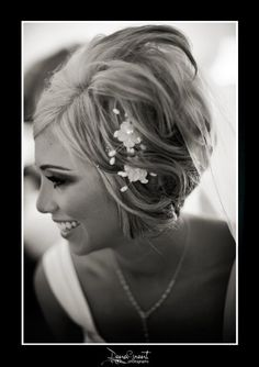 Stacked-Bob-with-Headpiece Wedding Hairstyles for Short Hair Wedding Hairstyles for Short Hair. We have gathered together some of the best Wedding Short Hairstyles so that your wedding can be specific Best Wedding Hairstyles, Formal Hairstyles, Bride Hairstyles, Hairstyle Wedding, Beautiful Hairstyles, Medium Bob Hairstyles, Short Hairstyles For Women, Short Bridal Hair, Bridesmaid Hair Short Bob