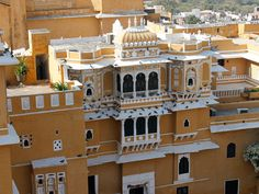 deogarh mahal Mansion Interior, Mansions, House Styles, Home Decor, Decoration Home, Manor Houses, Room Decor, Villas, Mansion
