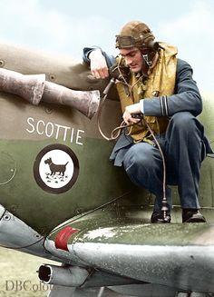 Ww2 Fighter Planes, Ww2 Planes, Fighter Pilot, Fighter Aircraft, Military Jets, Military Aircraft, Aircraft Painting, Supermarine Spitfire, Battle Of Britain