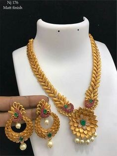 Order what's app 7995736811 1 Gram Gold Jewellery, Gold Jewellery Design, Pendant Jewelry, Beaded Jewelry, Gold Jewelry Simple, Necklace Designs, Indian Jewelry, Jewelry Collection, Antique Jewelry