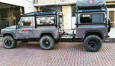 "Sorted! #landroverdefender #defender #landrover #landroverzen #landy #landylove #LR #adventure #aboveandbeyond #offroad #onelifeliveit #4wd #4x4 #explore #outdoors ============================ ""To find zen, seek a mountain & meditate on its true nature. Then drive over it in one's Land Rover"" - Zen Proverb"