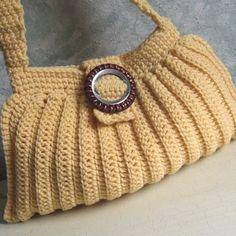 Crochet Pattern Pleated Crocheted Shoulder Bag por kalliedesigns