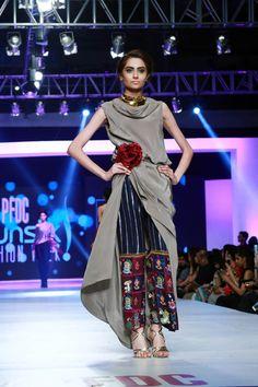 2015 PFDC Sunsilk Fashion Week Sania Maskatiya