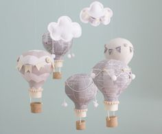 Heirloom Baby Mobile Hot Air Balloon Baby por sunshineandvodka, $110.00