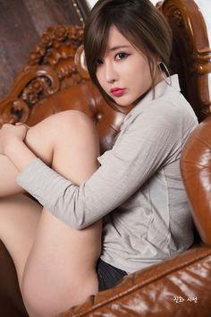 Ryu Ji Hye đẹp nao lòng
