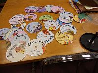 Definitely want to do this! Books of the Bible activity using old CDs