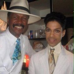 JW News & Archive • Larry Graham and Prince: Brothers Forever. ...