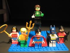LEGO DC Justice League Minifigure Lot-Batman,Green Lantern,Wonder Woman,Aquaman!