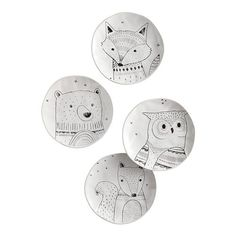Want to serve up something that's a little modern, a little elegant and heaping with whimsy? Then bring home our sketch-style ceramic salad plates, which feature a fox, owl, squirrel and bear that are sure to be the talk of the table. Thanksgiving Dinnerware, Animal Plates, Woodland Critters, Plate Design, Clay Animals, Salad Plates, Plate Sets, Things To Buy, Accent Decor