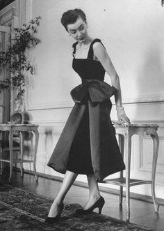 Fashion Extremes, circa 1949    DIOR