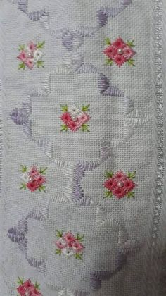 Aline vieira s 490 media analytics – Artofit Hardanger Embroidery, Learn Embroidery, Embroidery Needles, Hand Embroidery Stitches, Embroidery Techniques, Embroidery Applique, Beaded Embroidery, Cross Stitch Embroidery, Embroidery Patterns