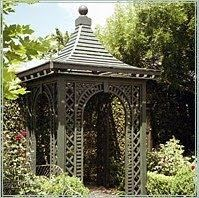 "LES TREILLAGES ""A summerhouse, gazebo , arch, etc., made chiefly or completely of latticework"" -Thesaurus. I have said it before: Spr. Garden Buildings, Garden Structures, Outdoor Structures, Gazebo, Pagoda Garden, Outside Patio, Garden Whimsy, Parcs, Garden Gates"