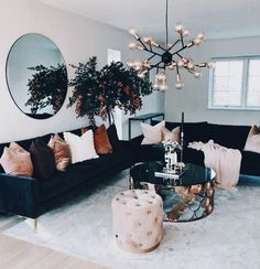 A mix of midcentury modern bohemian and industrial interior style Home and apartment decor decoration ideas home design bedroom living room dining room kitchen bathroom. Decoration Bedroom, Home Decor Bedroom, Diy Home Decor, Design Bedroom, Bedroom Rustic, Bedroom Simple, Bedroom Ideas, Room Decorations, Diy Bedroom