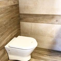 Concept de salle de bain unique ariana ceramica #carreleur #carrelage #mons #lalouviere #neptunocarrelages #charleroi #bathroom #salledebain #toilet #toilette #badkamer #tiles #tegels Mons, Bathrooms, Home Decor, Toilettes Deco, Homemade Home Decor, Bathroom, Bath Room, Interior Design, Downstairs Bathroom