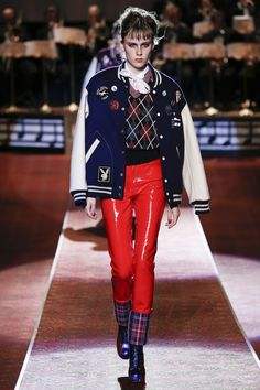 Marc Jacobs Spring 2016 Ready-to-Wear Collection Photos - Vogue.  Love! Love! Love!