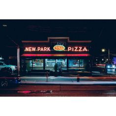 New Park Pizza Howard Beach #nypizza #pizza #slice #oldschool #classic #nyc #queens #howardbeach #exterior #storefront #longexposure #vsco by nypizzaproject