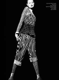 nice U+Mag Winter 2013.14 | Thairine Garcia by Vitor Pickersgill  [Editorial]