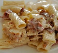 Pasta dishes recipes with bacon Bacon Recipes, Pasta Recipes, Chicken Recipes, Cooking Recipes, Dishes Recipes, Pasta Dishes, Food Dishes, Chicken Bacon Pasta, Ranch Chicken