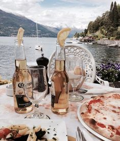Discover recipes, home ideas, style inspiration and other ideas to try. Aesthetic Food, Summer Vibes, Summer Fun, Summertime, Places To Go, In This Moment, Adventure, Vacation, Pictures