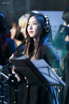SinB~~ How can someone be this pretty