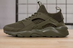 NIKE AIR HUARACHE RUN ULTRA BR MEDIUM OLIVE www.cornerstreet.fr