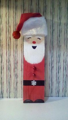 Wooden Christmas Crafts, Pallet Christmas, Christmas Signs Wood, Christmas Ornament Crafts, Christmas Projects, Holiday Crafts, Christmas Diy, Santa Decorations, Outdoor Christmas Decorations