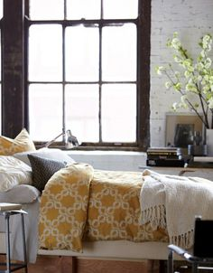 carved circles bedding from West Elm - interior photography of Dane Tashima