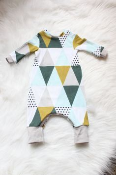 One of a Kind! ONLY ONE AVAILABLE!! I do NOT have any more of these fabrics to make more, unfortunately!   Size: Newborn  This adorable modern