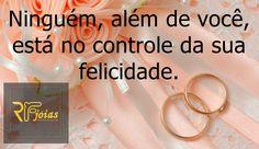 Bom dia é que a felicidade faça parte desta manhã linda!!! #amor #casamento #amorperfeito #casamentoblindado #love #vestidodenoiva #cerimonialista #aliançasdecasamento  #compromisso #noivado #noivas #amor #comprometimento #enfimcasamos #bouquet #igreja #casal #bomdia