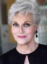 Resultado de imagem para corte de cabelos grisalhos femininos