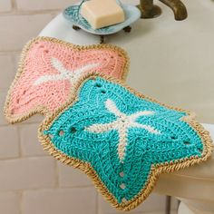 These easy crochet dishcloth patterns are fun to work up and faster than any others. This list has a crochet dishcloth pattern for every occasion and every preference. Crochet Starfish, Nautical Crochet, Crochet Hooks, Free Crochet, Knit Crochet, Simple Crochet, Quick Crochet, Crochet Stitch, Crochet Baby