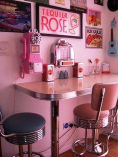 amerikanische theken bars im american style der 50er jahre american diners pinterest. Black Bedroom Furniture Sets. Home Design Ideas