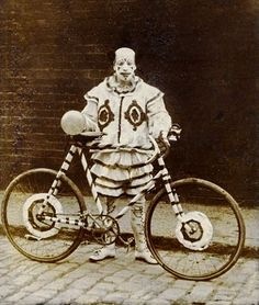 ♕ Vintage Costume Variations ♕  Vintage Clown.