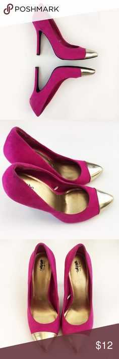 Fuchsia and Silver Heels 🎀 Worn once! These shoes will add a perfect pop of color to any outfit! Perfect for a night out or a stylish holiday party! Great condition! Only a few small scratches inside on the gold sole as seen in the photos. 👠 Mossimo Supply Co. Shoes Heels