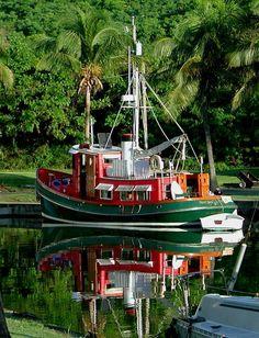 Trawler Yacht, Trawler Boats, Cool Boats, Small Boats, Speed Boats, Power Boats, Pilothouse Boat, Liveaboard Boats, Boat Stuff