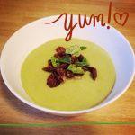 Wen's Treat Of The Day: Verse Broccolisoep Met Homemade Croutons (c) W.H. de la Rambelje | Bywen.wordpress.com