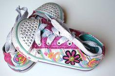 Skechers Girl Twinkle Toes Light Up Tennis Shoes 7 7.5 | eBay