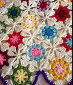 baharlık rengarenk yelek The Effective Pictures We Offer You About Crochet cardigan A quality picture can tell you many things. Crochet Circle Pattern, Crochet Circles, Granny Square Crochet Pattern, Crochet Baby Dress Pattern, Crochet Squares, Baby Knitting Patterns, Crochet Motif, Crochet Stitches, Crochet Patterns