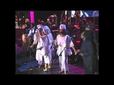 "Bob Marley's Family and Friends Perform ""One Love/People Get Ready"""