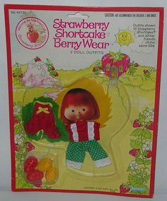 2 Vintage Strawberry Shortcake Berry Wear Outfits MIP