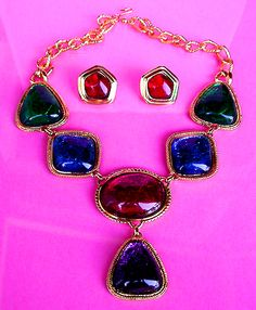 KJL For Avon Art Deco Style Colorful Chunky Glass Stone Goldtone Vintage Designer Necklace Post Earrings Matching Jewelry Set
