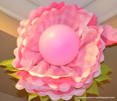 Tissue Paper Flowers with Balloon Center. DIY party decoration ideas.