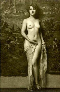 Erotic Naked Ladies 40