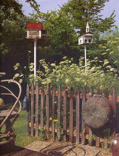love old prim fences