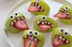 Healthy Halloween Treats!!! Spooky + fun + delish!