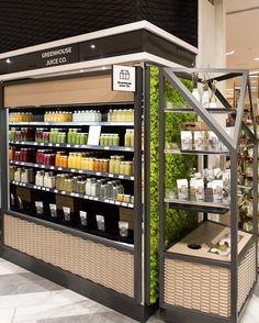 (notitle) - f o o d & d r i n k s - Juice Restaurant Design, Supermarket Design, Retail Store Design, Mini Mercado, Juice Packaging, Fruit Shop, Concept Shop, Store Displays, Kiosk