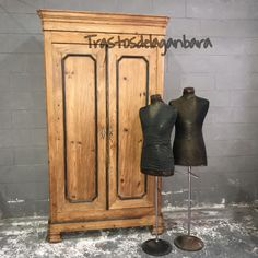 Armario Ropero Antiguo. Trastosdelaganbara.  #workshop #vintageshop #muebles #decoracion #vintage #trastosdelaganbara #pasaia