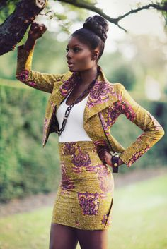 We want you to look at the images of Ankara style fashion outfits and tell us what elements that you would pick from them to use for your own wardrobe. African Inspired Fashion, African Print Fashion, Africa Fashion, Fashion Prints, Ankara Fashion, African Prints, Ghanaian Fashion, African Fabric, Nigerian Fashion