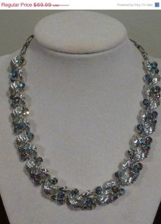 CYBER MONDAY SALE  Necklace Vintage Lisner by colorsofthesouthwest, $59.49